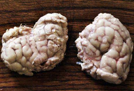 Kalfshersenen recept gekookt in een lekkere bouillon
